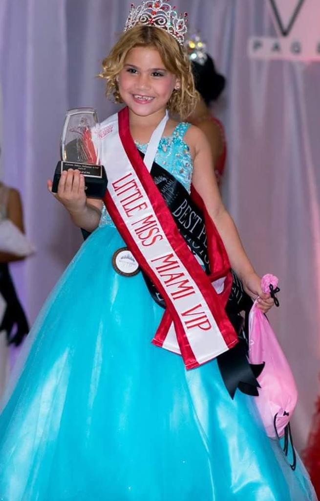 Yelenis Gonzalez - Little Miss VIP 2014